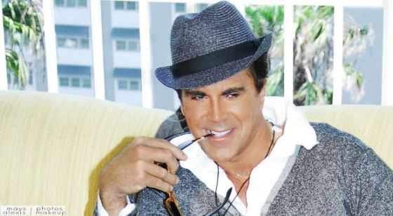 Carman-hat-sunglasses