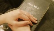 Abre la Biblia, abre el corazón, abre losoídos