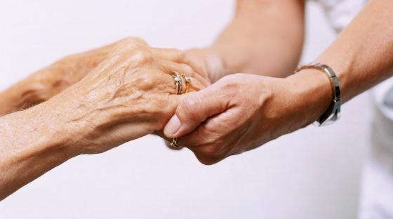 Ayuda - Ancianos