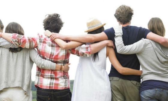 Amigos - Abrazo