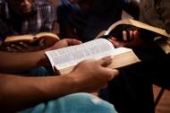21 Contrastes Entre El Cristianismo Comercial Y ElBíblico.