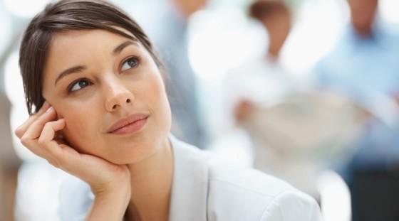 Mujer - Pensativa - Pensamientos