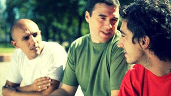 Hombres Jovenes - Grupo