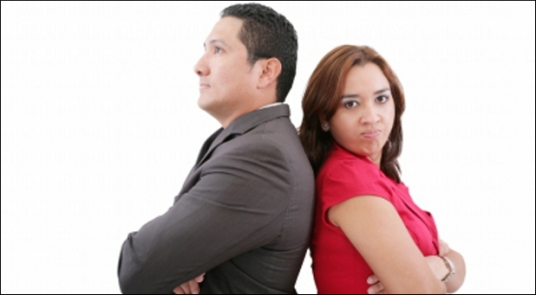Angry-couple-argue-border-new