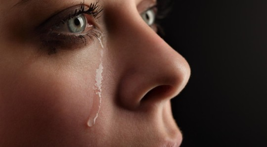 istockphoto-womancrying-Chepko