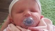 """Padres rechazan aborto de bebé nacido sin ojos. La mamá dice """"no nosarrepentimos."""""""