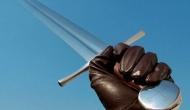 Empuña la espada de dosfilos