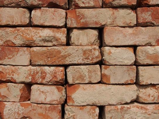 brick-wall-1242782_960_720.jpg