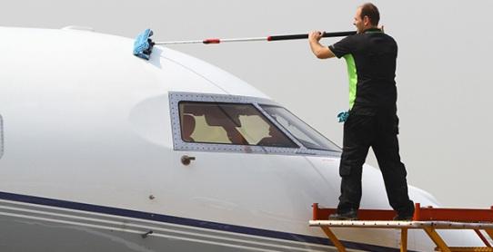 servicio-limpieza-de-medios-de-transporte.jpg