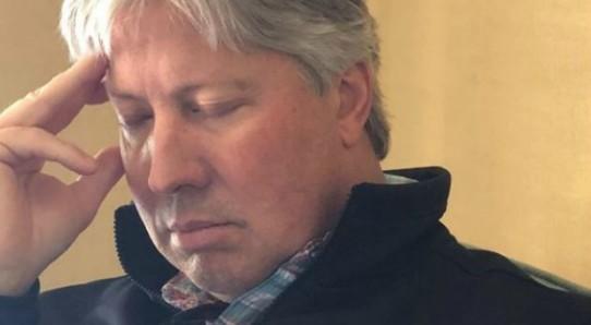 Robert-Morris-Asleep