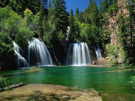 las-tres-cascadas-1024-x-768