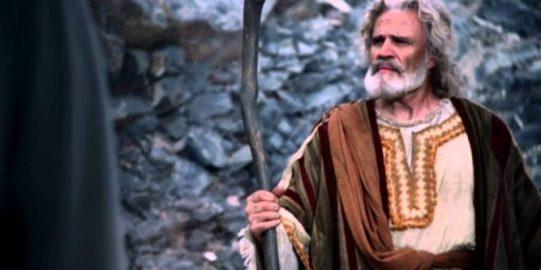 Quién-fue-Moisés-35hfec0g7jjtip2n8hl8ne