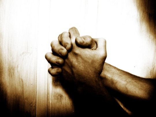 praying-hands_1027_1024x768.jpg