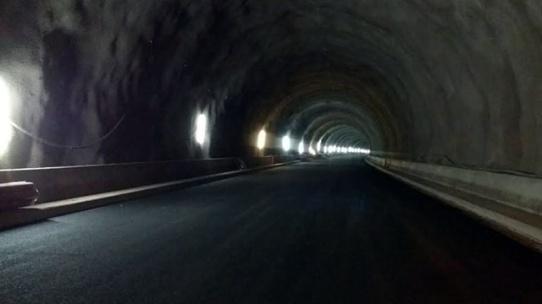 tunel18